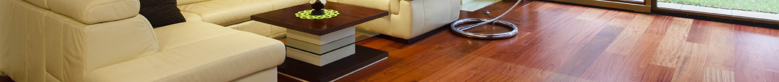 ALEX es una marca con una amplia experiencia en el cuidado de pisos de madera y laminados.